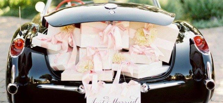 Qui a dit que notre auto devait être propre pour un mariage ?